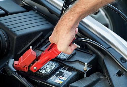 Battery Jumpstart Service In Iowa Iowa City Towing Roadsideassistance